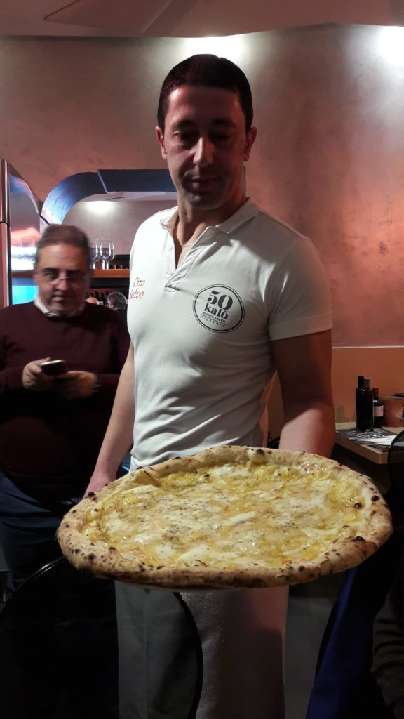 Le nuove pizze di Ciro Salvo, una straordinaria sinergia tra impasti, prodotti e vini