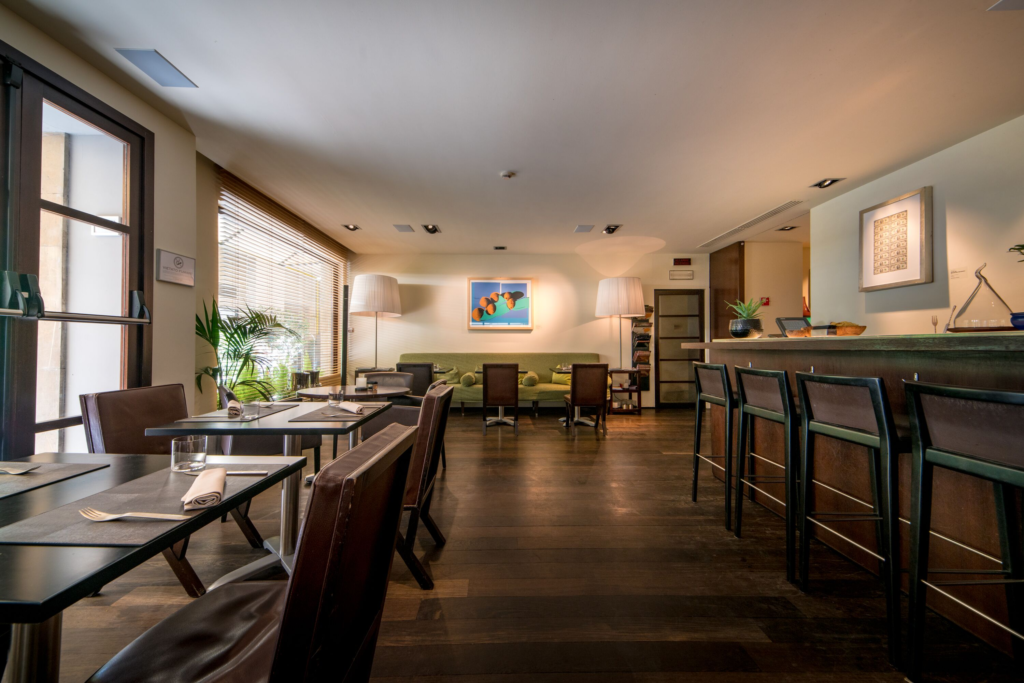 Fusion Bar & Restaurants